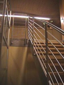 escalier double limons 44 Annecy centre courrier - lugaz
