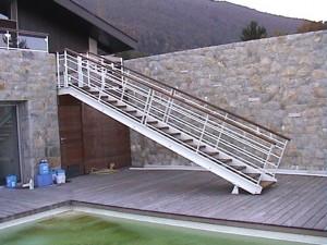 escalier double limons 48 Col de Leschaux - lugaz