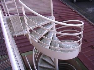 escalier hélicoïdaux 9  Les muses-lugaz